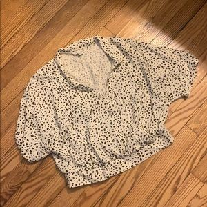 American Eagle Cropped Leopard Print Top